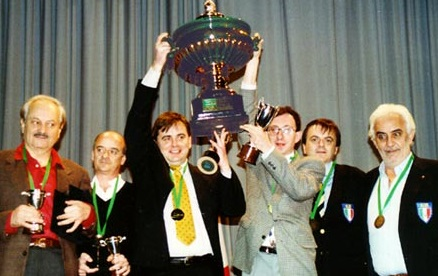 Podium Sorrento 2001